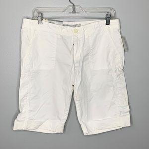 Old Navy WHite Bermuda Shorts New